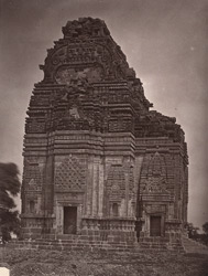 Side view of the Teli-ka-Mandir before restoration, Gwalior